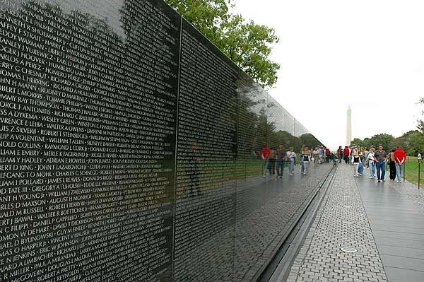 vietnam-memorial1